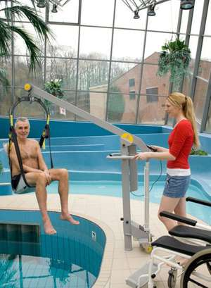 Handi-Move mobility pool hoist